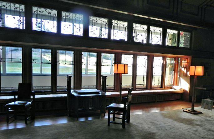 Inside FLW room in the American Wing at Met.