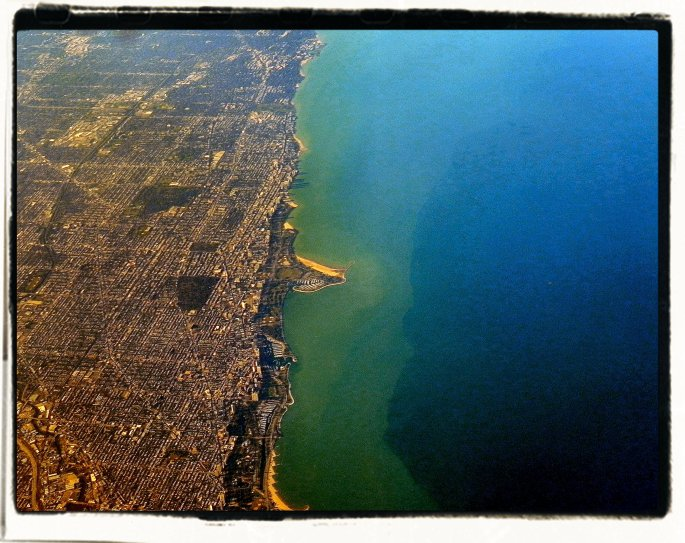 Illinois (left) Lake Michigan (right)